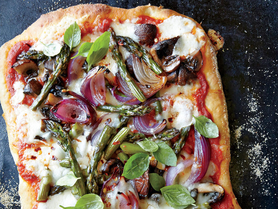 Roasted Asparagus, Mushroom, and Onion Pizza