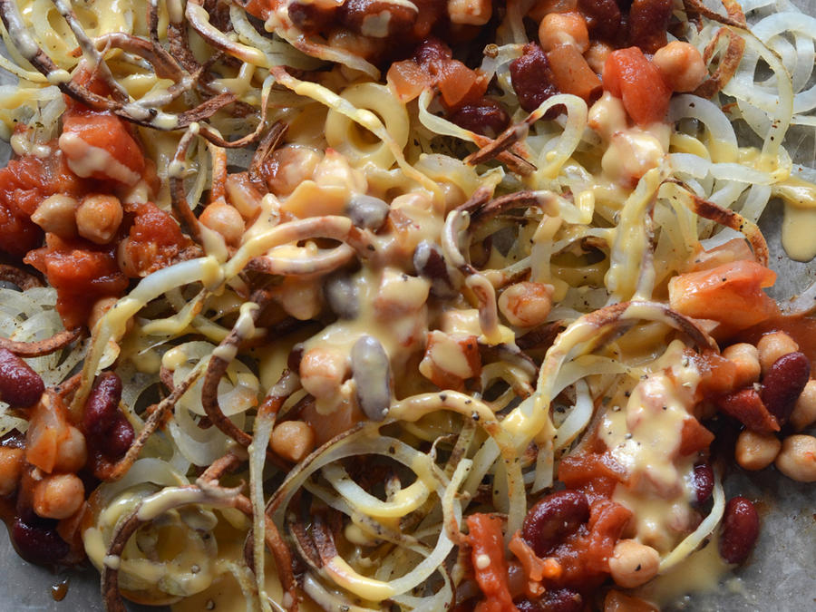 Chili-Cheese Spiralizer Fries