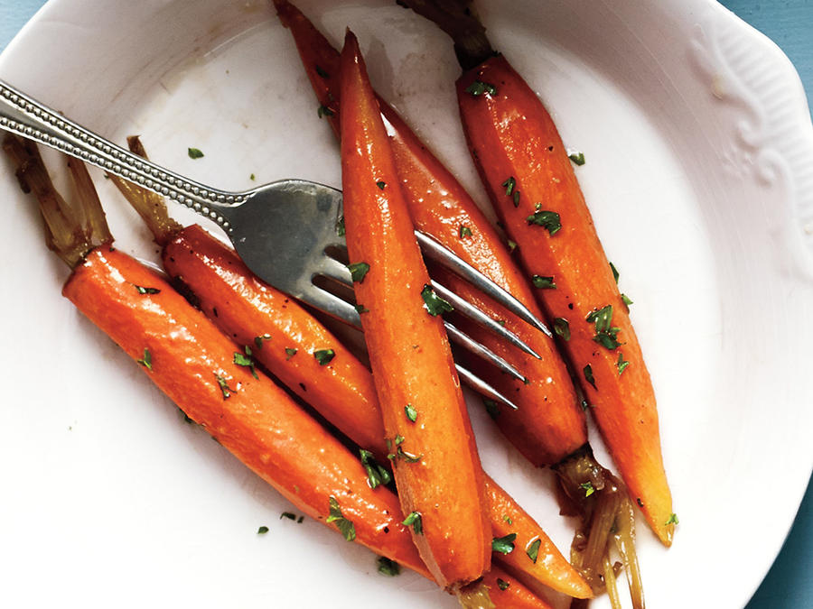 Pretty To Look At Brown Sugar Glazed Carrots Recipe ...