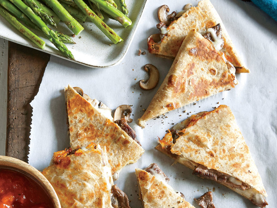 Steak & Mushroom Pizza-Dillas