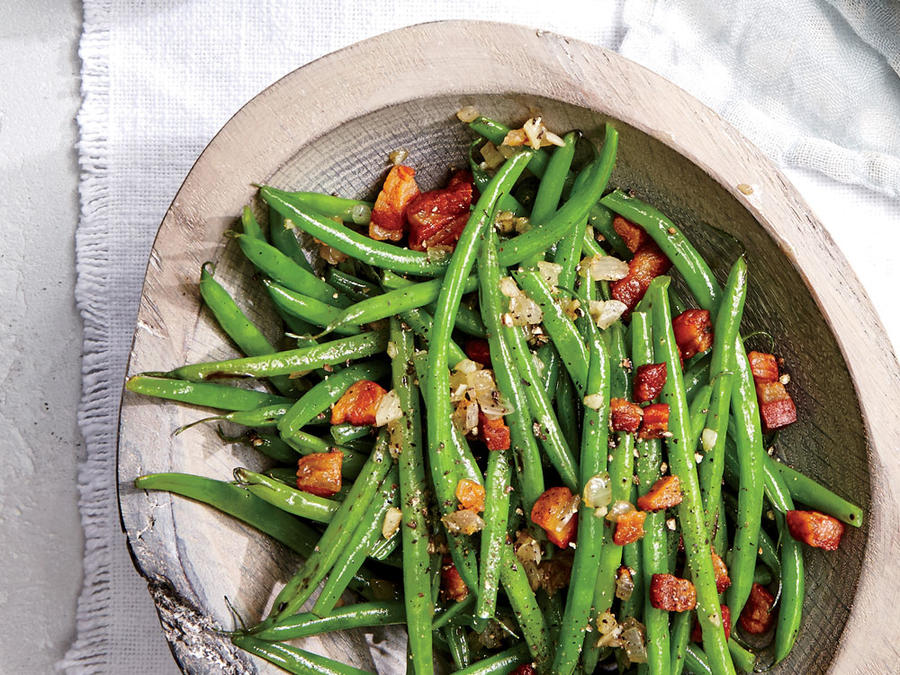 haricots verts with pancetta and garlic green bean recipes cooking light. Black Bedroom Furniture Sets. Home Design Ideas