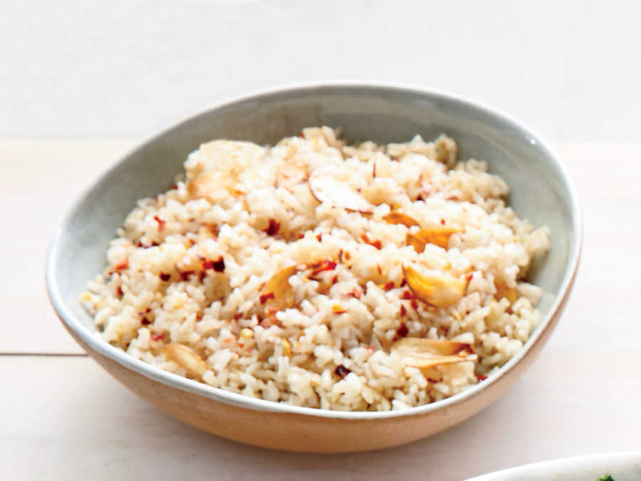 Garlic-Studded Brown Rice