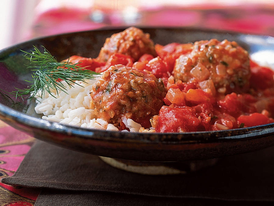 Bulgur and Lamb Meatballs in Tomato Sauce Recipe