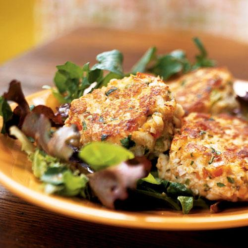 Crab Cakes on Mixed Greens with Peanut Vinaigrette Recipe