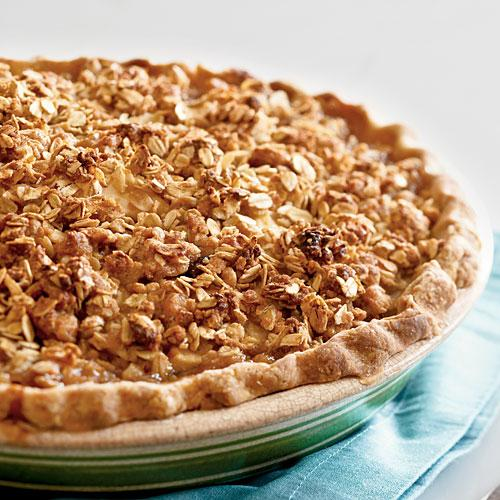 Gingery Cranberry-Pear Pie with Oatmeal Streusel Recipe