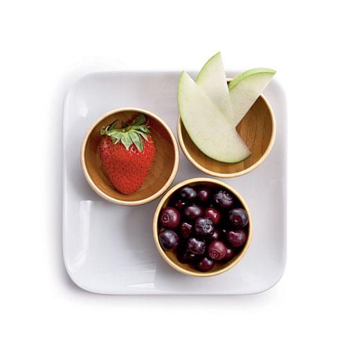 Low-Cal Oatmeal Toppings: Fruity