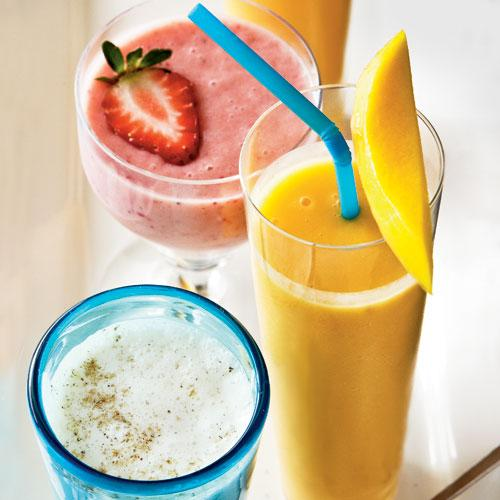 Quick and Healthy Peach-Mango Smoothie