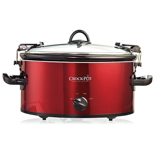 Crock-Pot with Lockable Lid