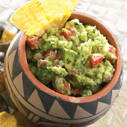 Uno Chicago Grill: Housemade Guacamole and Chips