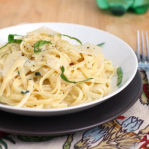 Tracey Wilhelmsen's Linguine with Two-Cheese Sauce