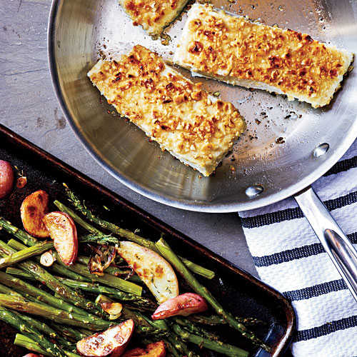 1204p96-hazelnut-crusted-halibut-x.jpg?itok=_j-xexqc