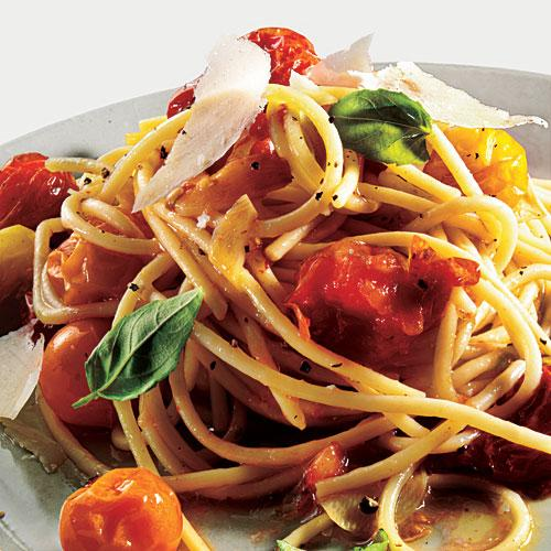 Pasta with Roasted Tomatoes and Garlic