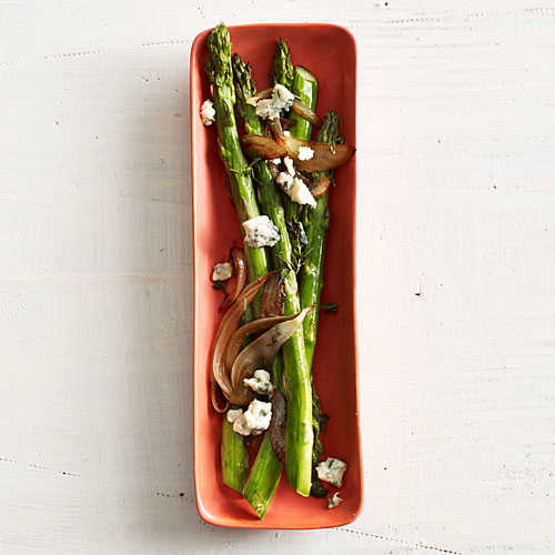 Asparagus with Balsamic Onions and Blue Cheese Recipe