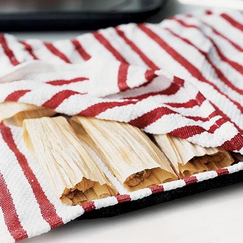 Make Tamales: Place Tamales on Broiler Pan