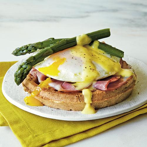 Eggs Benedict Waffle Sandwiches