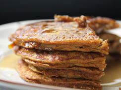 3-Ingredient Pumpkin Pancakes