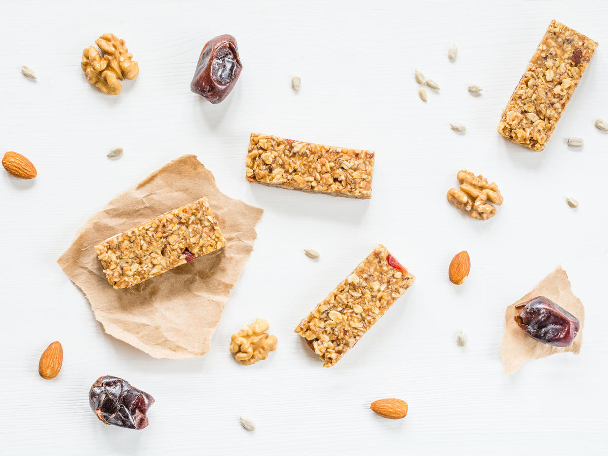 1611w-getty-granola-bars-snacks.jpg