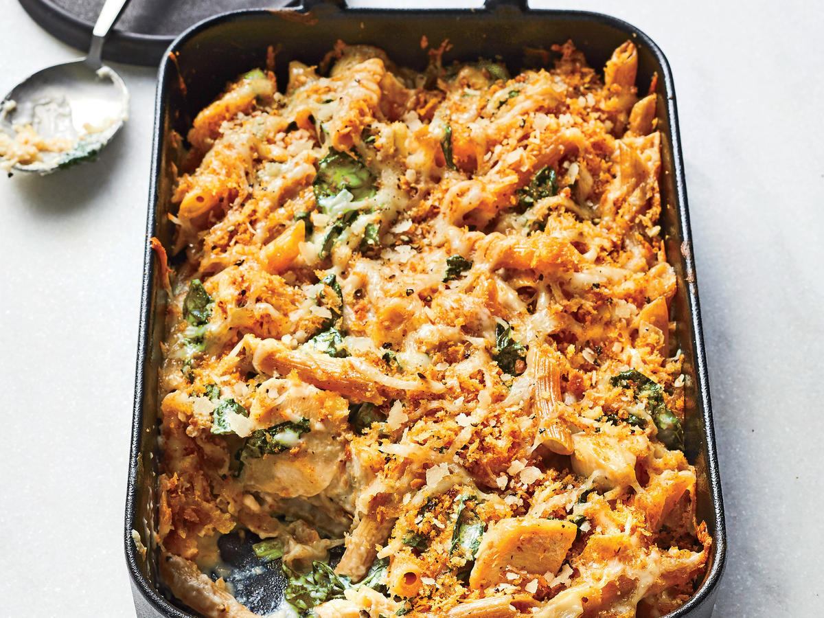 Chicken-and-Kale Alfredo Bake