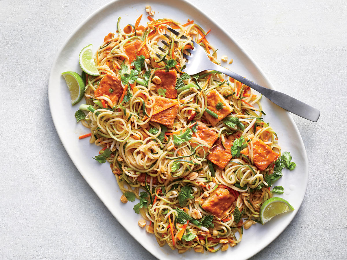 Make Spiralized Zucchini Noodles With Spicy Peanut Sauce ...