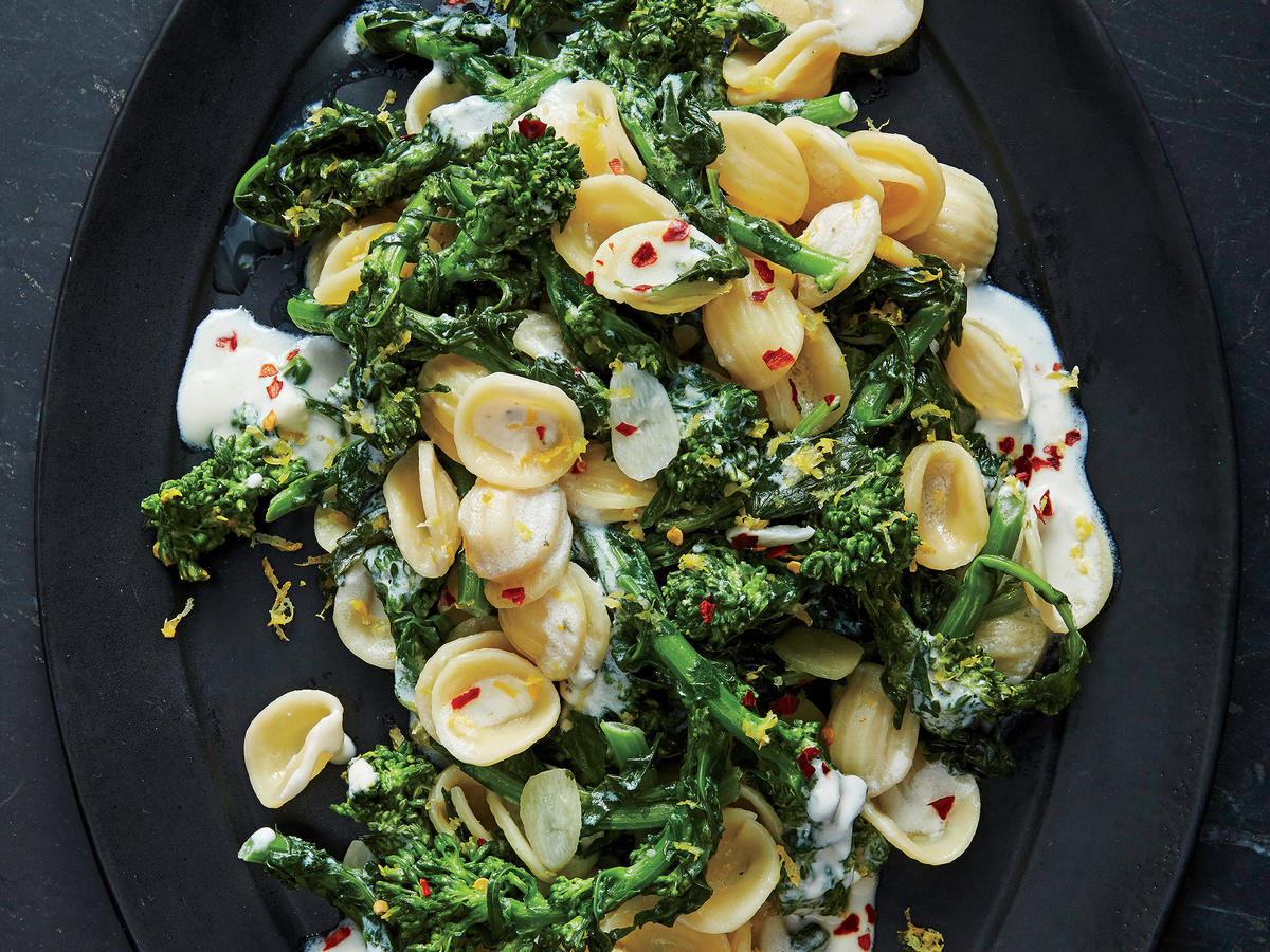 Garlic-and-Herb Pasta with Broccoli Rabe
