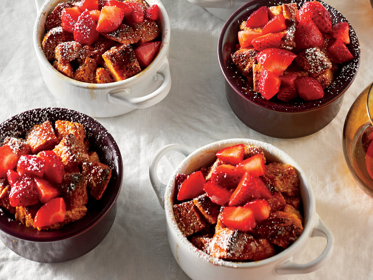 Dulce De Leche Bread Puddings