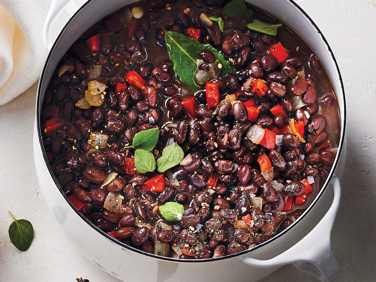 Savory Stewed Black Beans