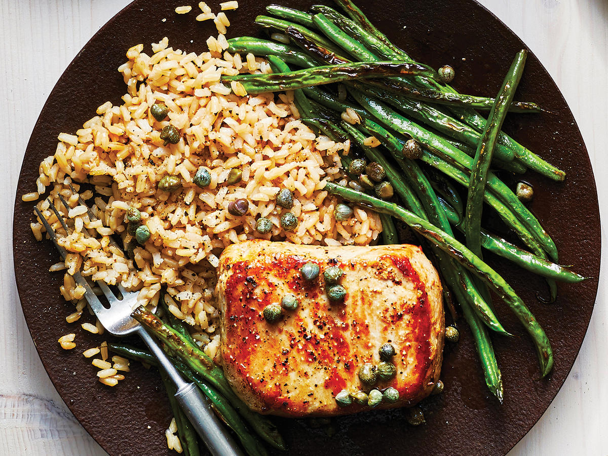 Lemon-Pepper Pork Chop With Roasted Green Beans and Lemon-Caper Rice