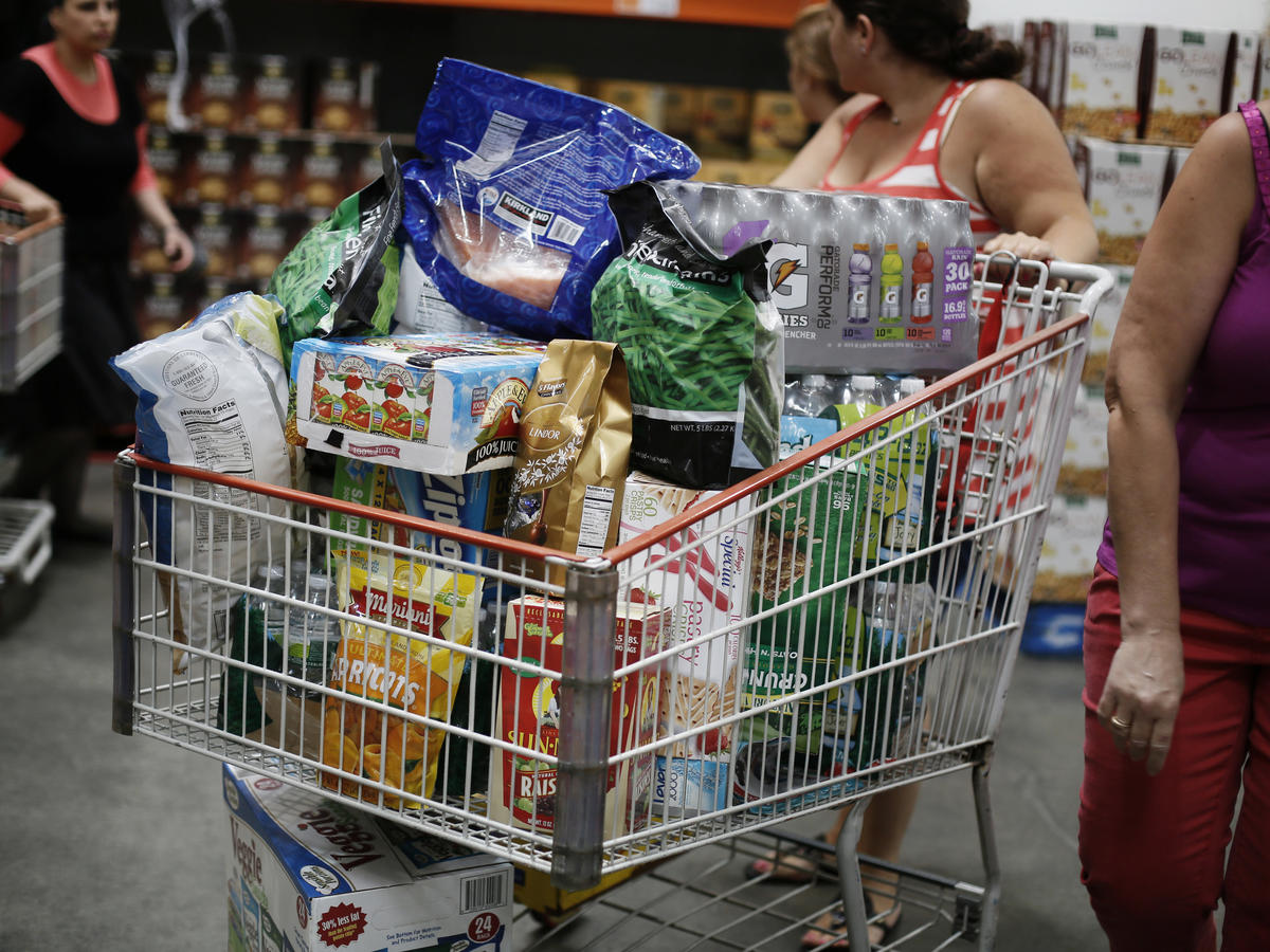 Costco-Shopping-Cart-Brand-Products