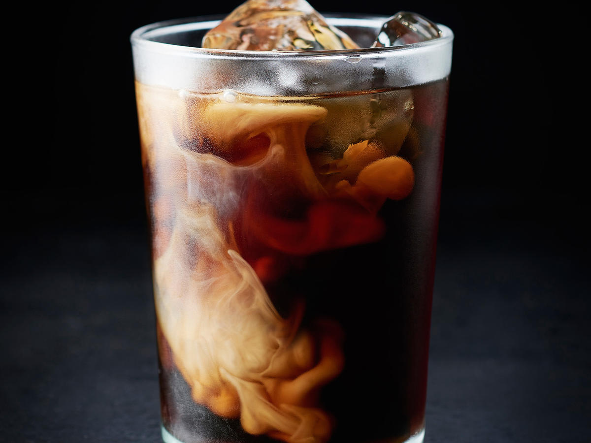 This Basic Cold Brew Coffee Recipe Will Make Your Mornings SO Much Better