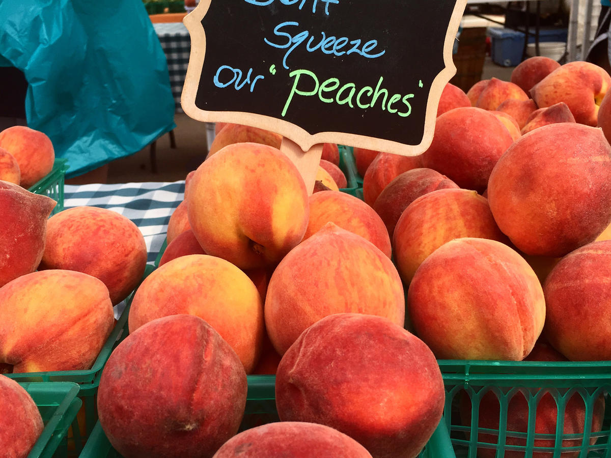 don't squeeze our peaches farmers market basket