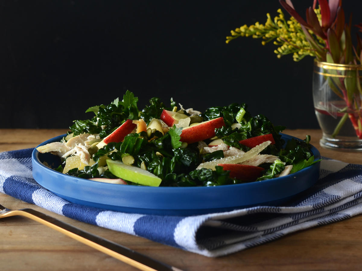 Kale and Apple Salad with Shredded Chicken