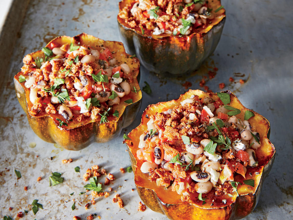 Blacked-Eyed Pea-Stuffed Acorn Squash