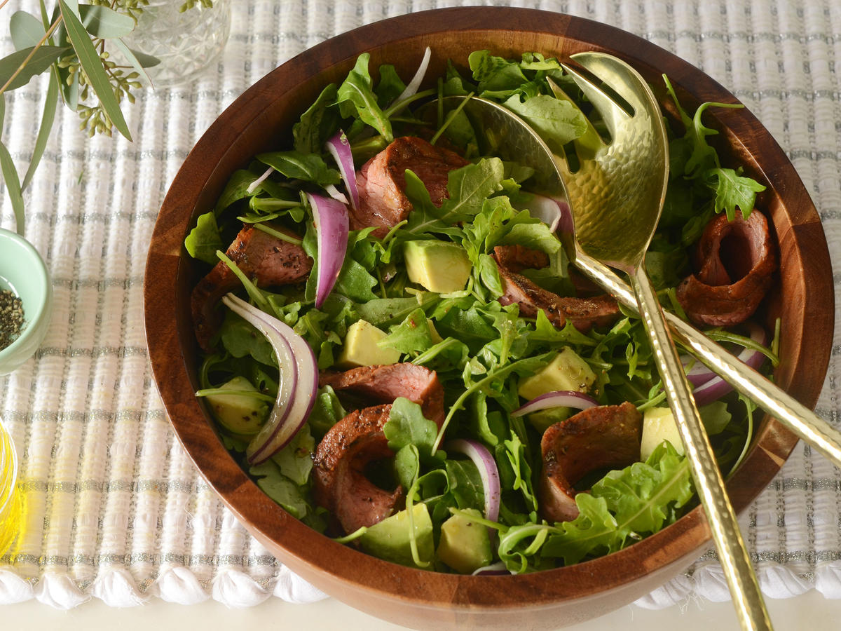 Paleo Blackened Steak Salad