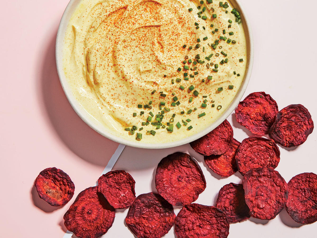 Beet Chips with Turmeric-Yogurt Dip