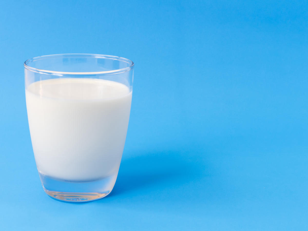 This Type of Non-Dairy Milk Is the Healthiest, Study Says