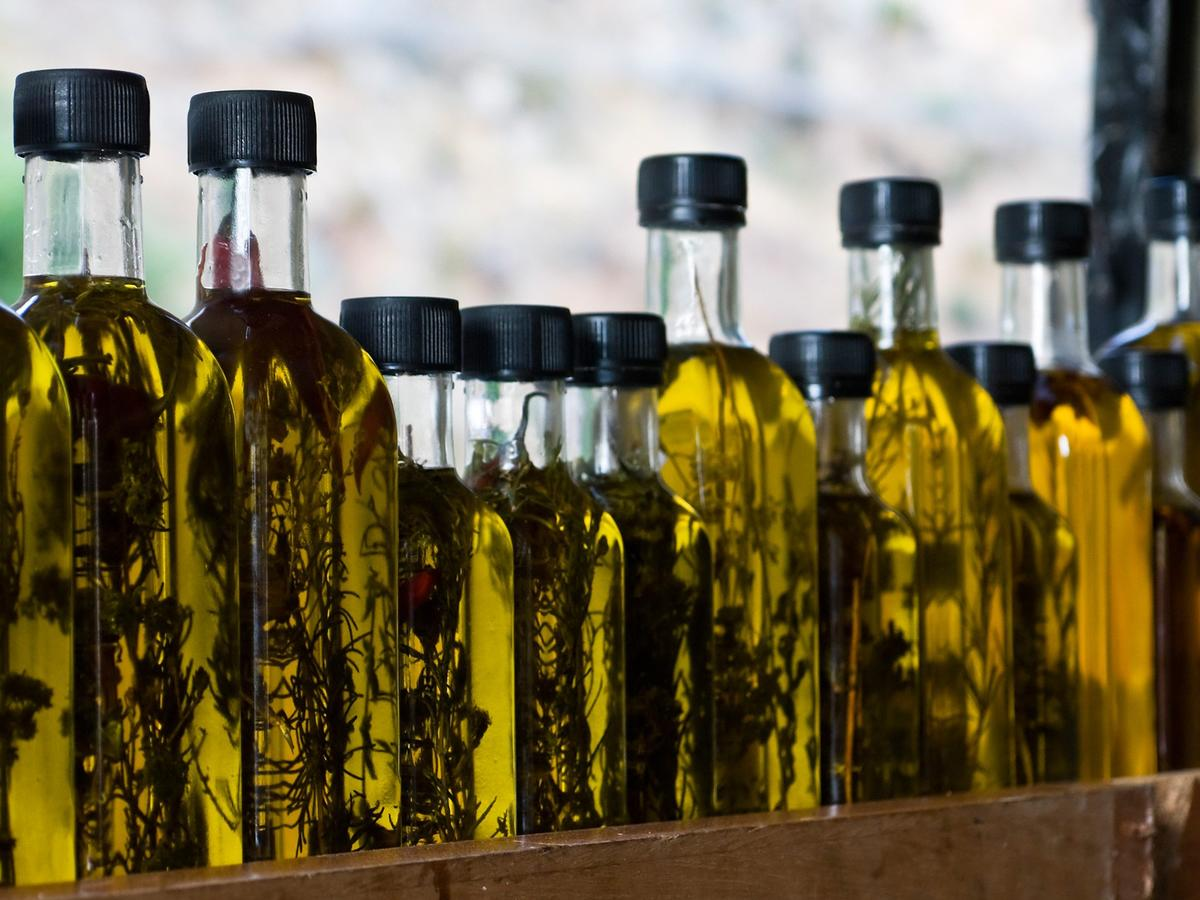 The Latest Reason Why Extra Virgin Olive Oil Is Good for You