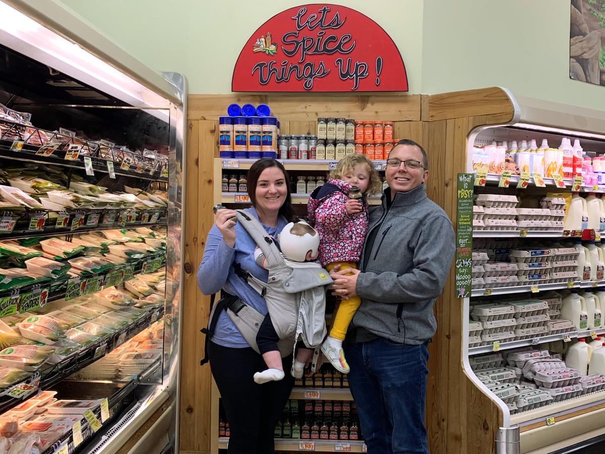 This Couple Figured Out a Way to Make Thousands Reselling Trader Joe's 'Everything But the Bagel' Seasoning. Here's How