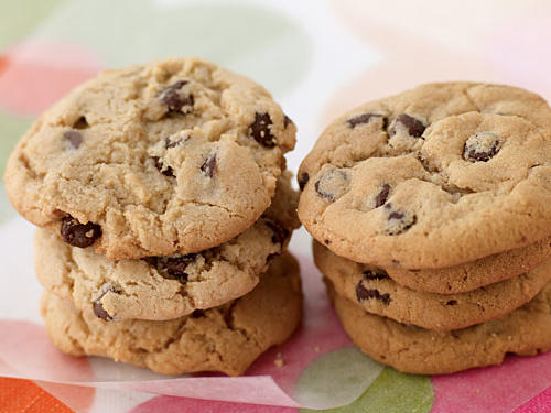 Take Two: Homemade Chocolate Chip Cookies & Oven-Ready Chocolate Chip Cookies