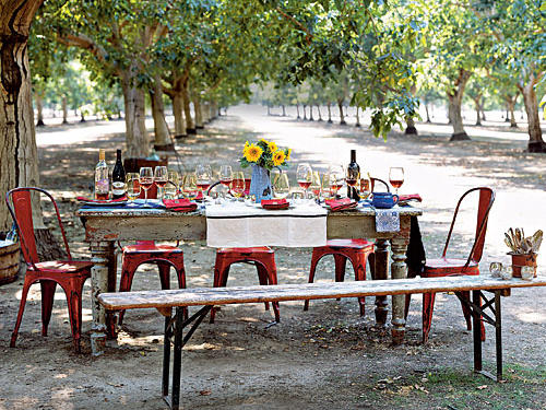 Table in a walnut grove
