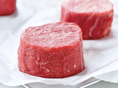 Beef tenderloin steaks